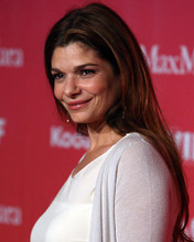 This is an image of Photograph & Poster of Laura San Giacomo 288205