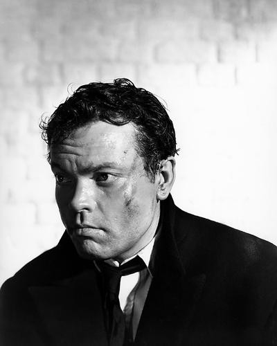 This is an image of Photograph & Poster of Orson Welles 197004