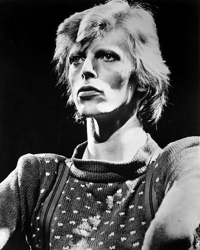 This is an image of Photograph & Poster of David Bowie 197036
