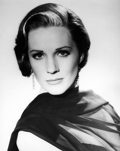 This is an image of Photograph & Poster of Julie Andrews 197039