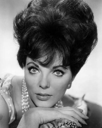 This is an image of Photograph & Poster of Joan Collins 197167