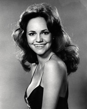 This is an image of Photograph & Poster of Sally Field 197226