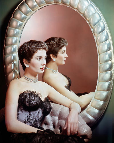 This is an image of Photograph & Poster of Jean Simmons 288588