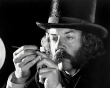 This is an image of Photograph & Poster of Donald Sutherland 197270