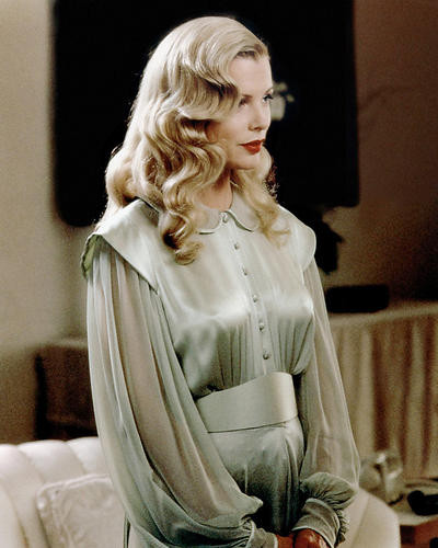 This is an image of Photograph & Poster of Kim Basinger 288748