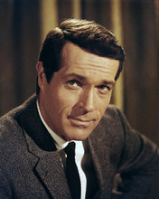 This is an image of Photograph & Poster of John Gavin 289118