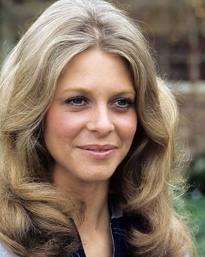 This is an image of Photograph & Poster of Lindsay Wagner 289241