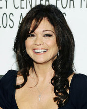This is an image of Photograph & Poster of Valerie Bertinelli 289298