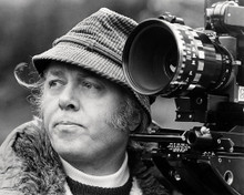 This is an image of Photograph & Poster of Richard Attenborough 197437