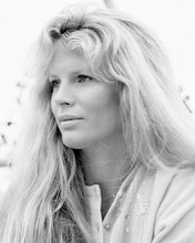 This is an image of Photograph & Poster of Kim Basinger 197482