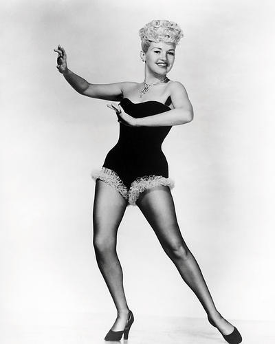 This is an image of Photograph & Poster of Betty Grable 197548