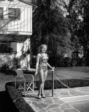 This is an image of Photograph & Poster of Betty Grable 197588