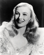 This is an image of Photograph & Poster of Veronica Lake 197744