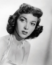 This is an image of Photograph & Poster of Beverly Garland 198054