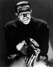 This is an image of Photograph & Poster of Boris Karloff 198233