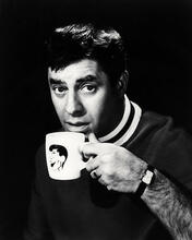 This is an image of Photograph & Poster of Jerry Lewis 198240