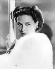 This is an image of Photograph & Poster of Eleanor Powell 198598