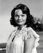 This is an image of Photograph & Poster of Valerie Perrine 198301