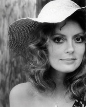 This is an image of Photograph & Poster of Susan Sarandon 198626