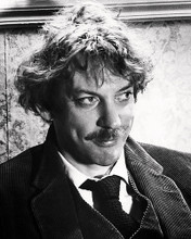 This is an image of Photograph & Poster of Donald Sutherland 198467