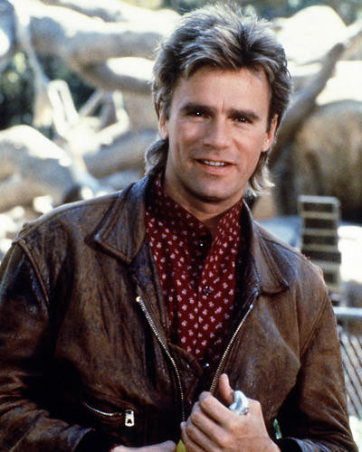 This is an image of Photograph & Poster of Richard Dean Anderson 289862