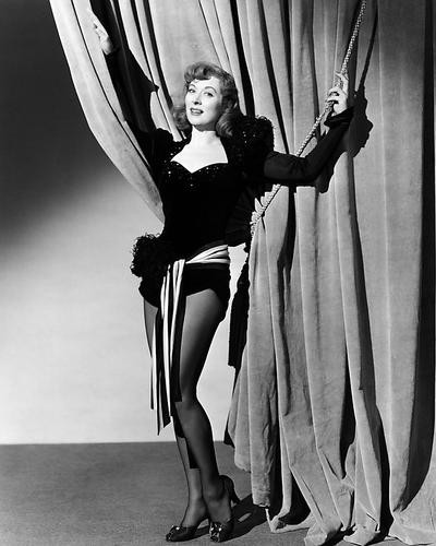 This is an image of Photograph & Poster of Greer Garson 198527