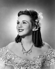 This is an image of Photograph & Poster of Deanna Durbin 198554
