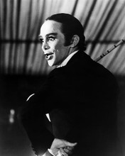 This is an image of Photograph & Poster of Cabaret 198567