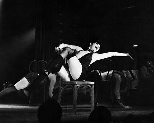 This is an image of Photograph & Poster of Cabaret 198586