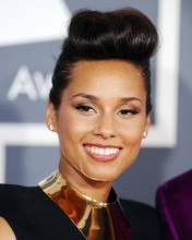 This is an image of Photograph & Poster of Alicia Keys 289921