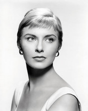 This is an image of Photograph & Poster of Joanne Woodward 198996