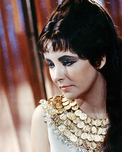 This is an image of Photograph & Poster of Elizabeth Taylor 290102