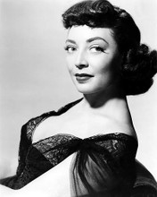 This is an image of Photograph & Poster of Marie Windsor 198899