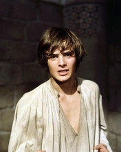 This is an image of Photograph & Poster of Leonard Whiting 290385