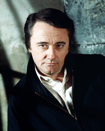 This is an image of Photograph & Poster of Robert Vaughn 291098