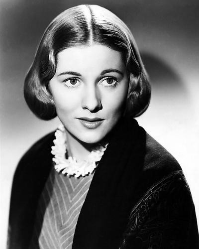 This is an image of Photograph & Poster of Joan Fontaine 199112