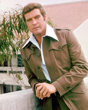This is an image of 263788 Lee Majors Photograph & Poster