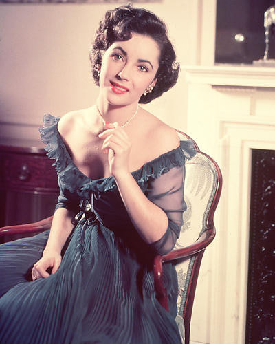 This is an image of 266210 Elizabeth Taylor Photograph & Poster