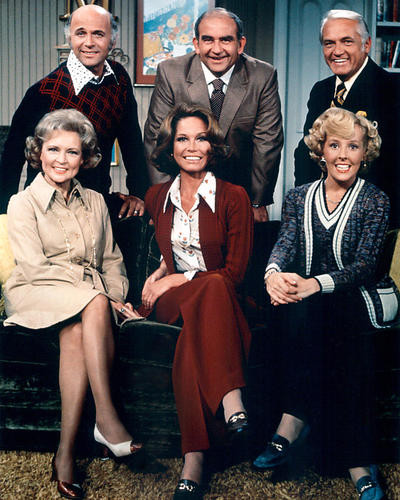 This is an image of 281263 Mary Tyler Moore Show Photograph & Poster
