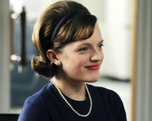 This is an image of 287469 Elizabeth Moss Photograph & Poster
