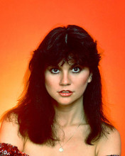 This is an image of 274490 Linda Ronstadt Photograph & Poster