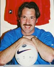 This is an image of 231563 David Seaman Photograph & Poster