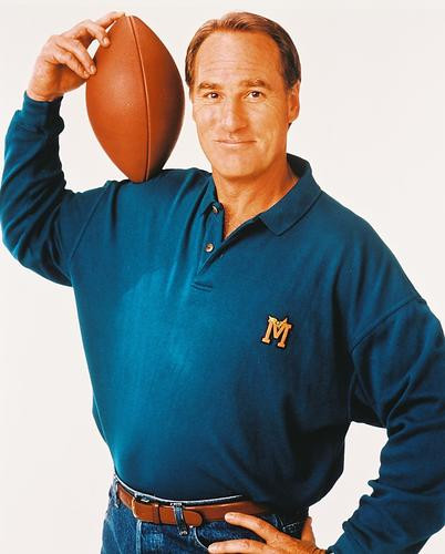 This is an image of 213080 Craig T.nelson Photograph & Poster