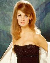 This is an image of 217362 Jean Shrimpton Photograph & Poster