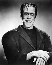 This is an image of 193434 The Munsters Photograph & Poster