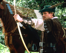 This is an image of 283472 Cary Elwes Photograph & Poster