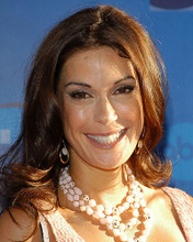 This is an image of 263652 Teri Hatcher Photograph & Poster
