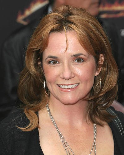 This is an image of 270550 Lea Thompson Photograph & Poster