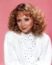 This is an image of 272287 Shelley Long Photograph & Poster