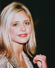 This is an image of 243648 Sarah Michelle Gellar Photograph & Poster